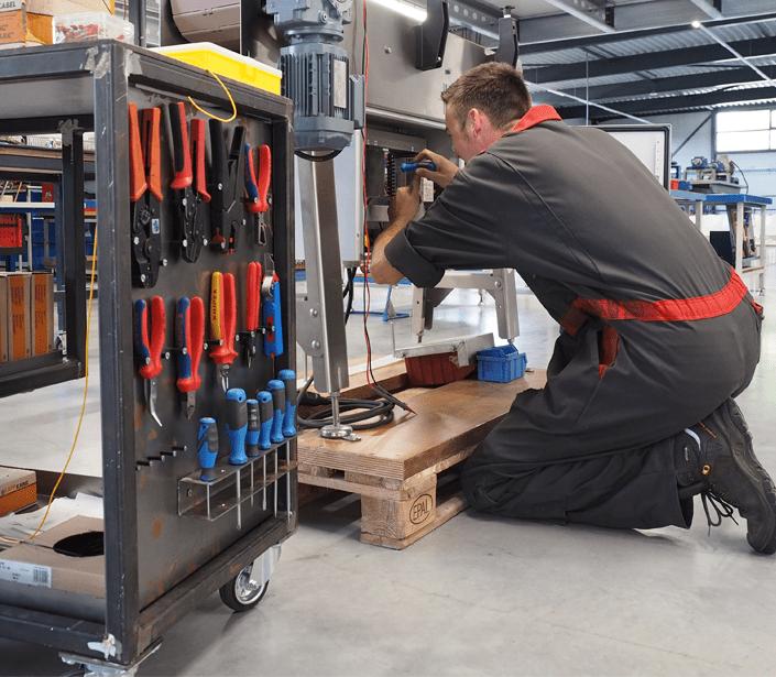 Monteur werktuigkundige installaties